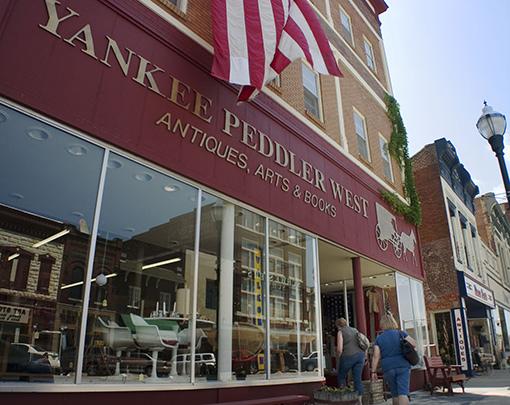 Yankee Peddler West antiques shopping
